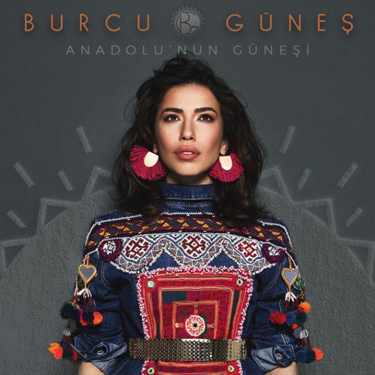 """Burcu Güneş 20. sanat yılını, 12 türküden oluşan """"Anadolu'nun Güneşi / The Sun of Anatolia"""" isimli yeni albümüyle kutluyor."""