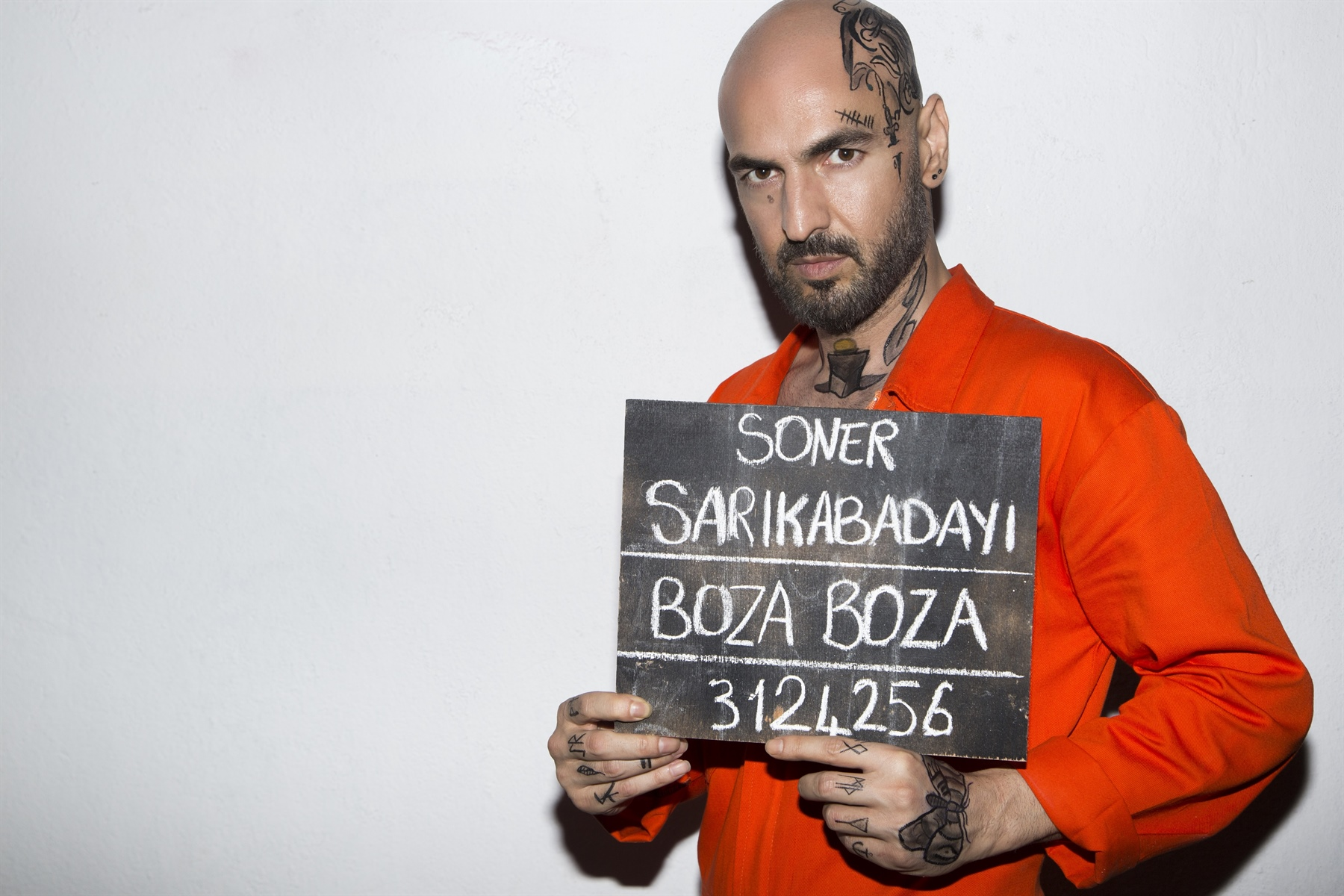 """Soner Sarıkabadayı """"BOZA BOZA"""" maxi single"""